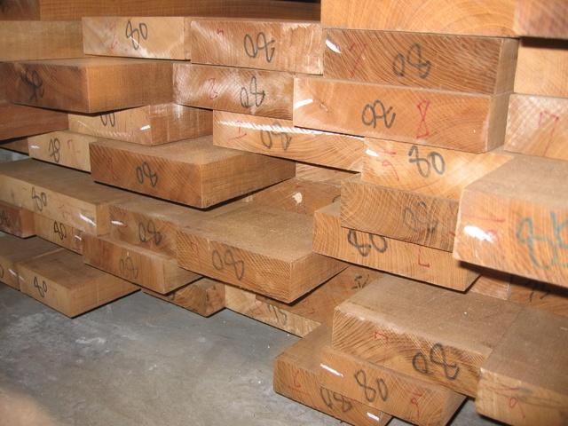 TEAK-jedyne super drewno do łazienki......