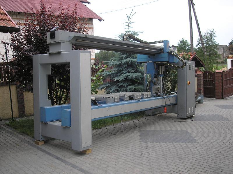 CENTRUM WIERTARSKO-FREZARSKIE CNC