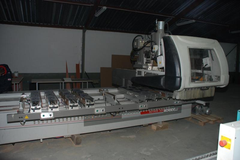 Specjalizujemy się w handlu używanymi maszynami CNC