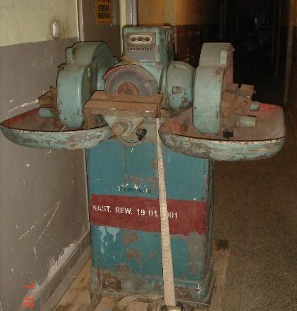 Szlifierka narzędziowa tarczowa 3-stanowiskowa