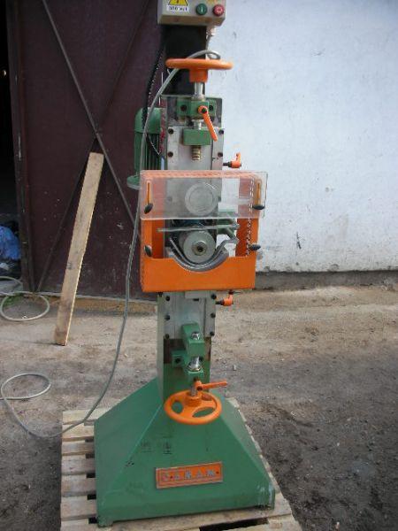 Maszyna do radełkowania CAMAM