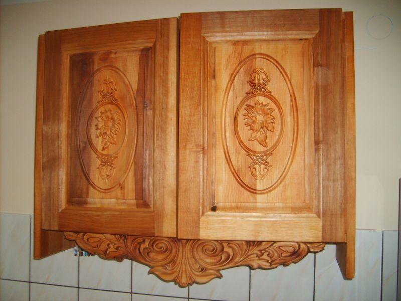 Producent mebli  stylowych   rzeźbionych