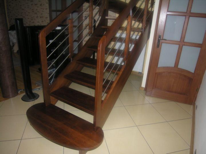 Producent schodów na kąstrukcji drewnianej, oraz łóżek drewnianych