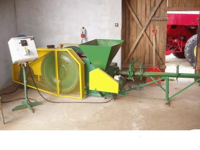 Btykieciarka tłokowa (trota,słoma itd..)500 kg/godz