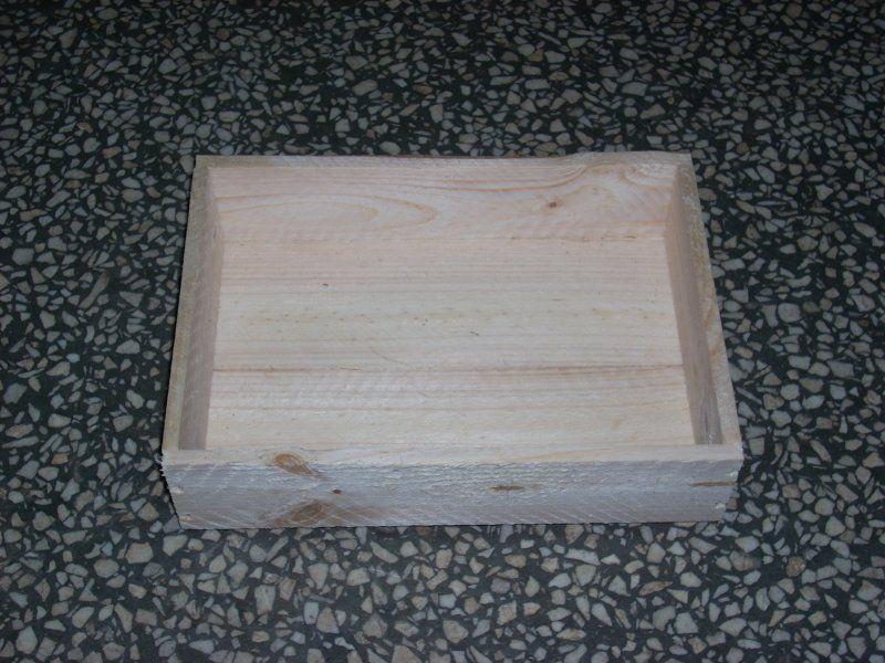Skrzyneczka drewniana