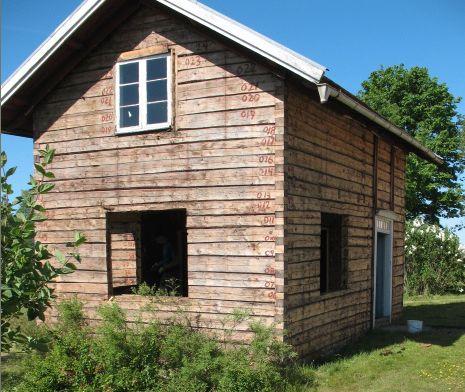 bale 100 i 200 letnie ze szwecji..cale domy