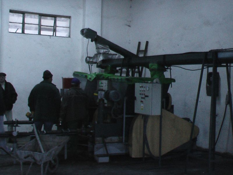 Presse brikett - Maschinenbau