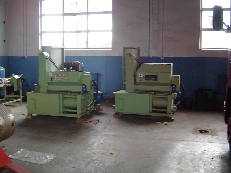 Brykieciarka hydrauliczna do produkcji brykietu w kształcie kostki
