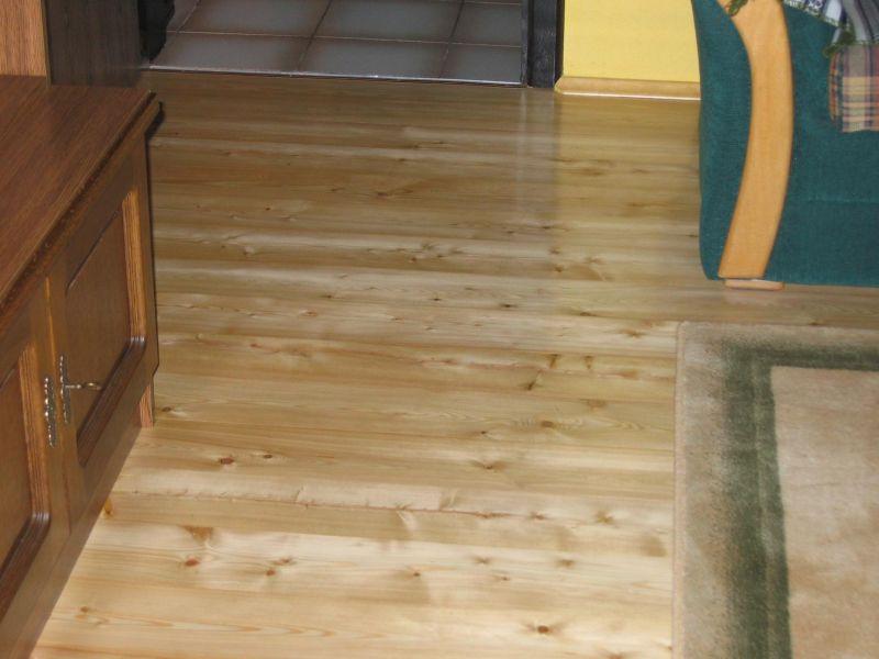 Podłoga - modrzew syberyjski