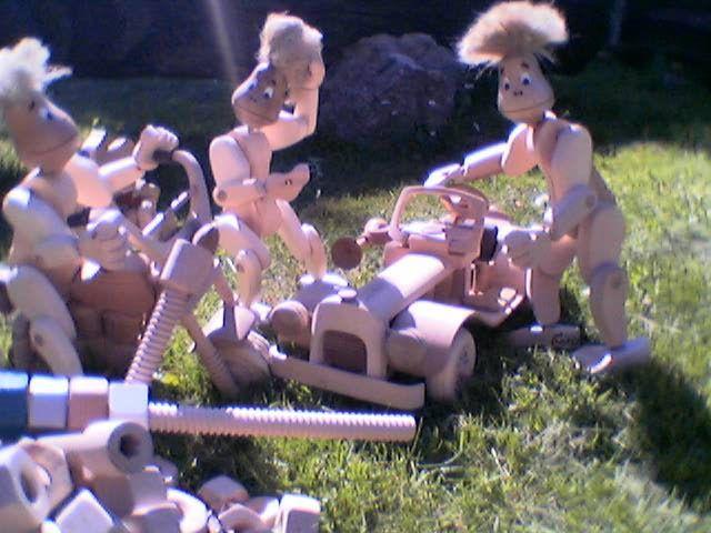 śruby,upominki,zabawki,drewniane