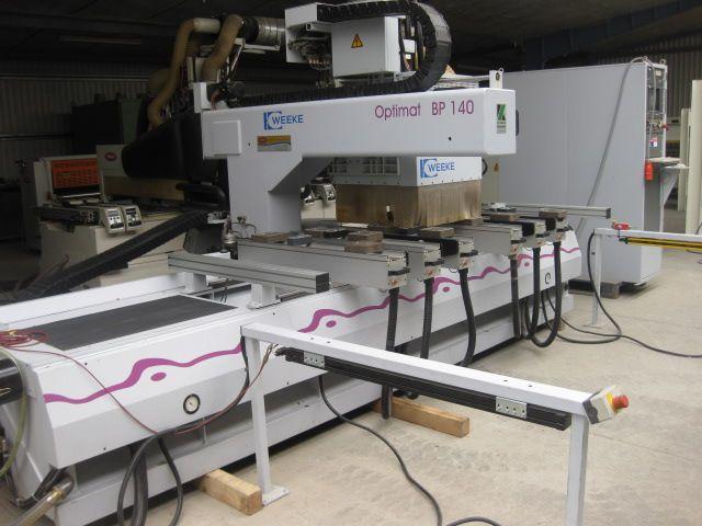 CNC CENTRUM OBRÓBCZE WEEKE 4-OSIOWE
