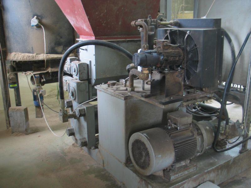 Brykieciarka hydrauliczna RUF