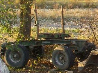 Przyczepa do transportu drewna długiego