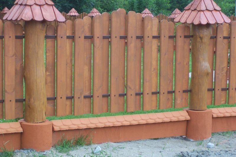 płot, ogrodzenie drewniane