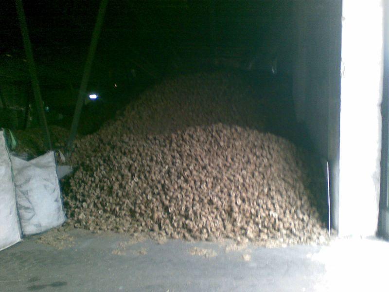Sprzedam brykiet ze słomy 10tys. ton