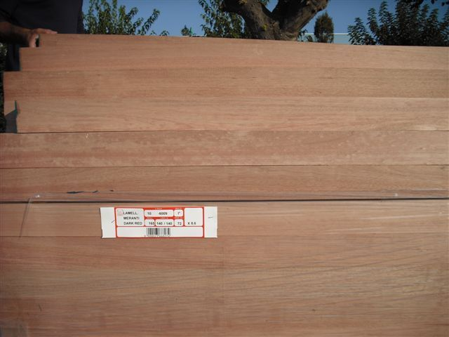 KLEJONKA DARK RED MERANTI - 72x86mm