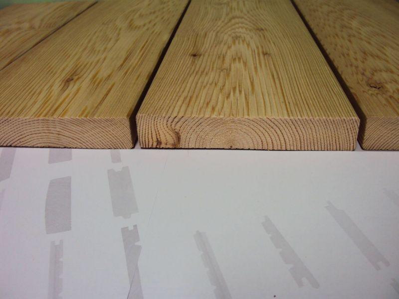 Deski tarasowe, balkonowe, obrabiane na różne sposoby