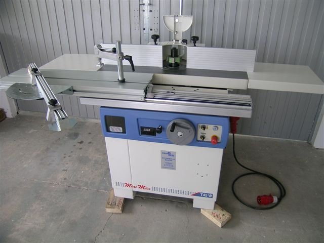Frezarka dolnowrzecionowa SCM / Minimax T45W