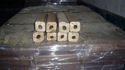 Brykiet drzewny Pini Kay