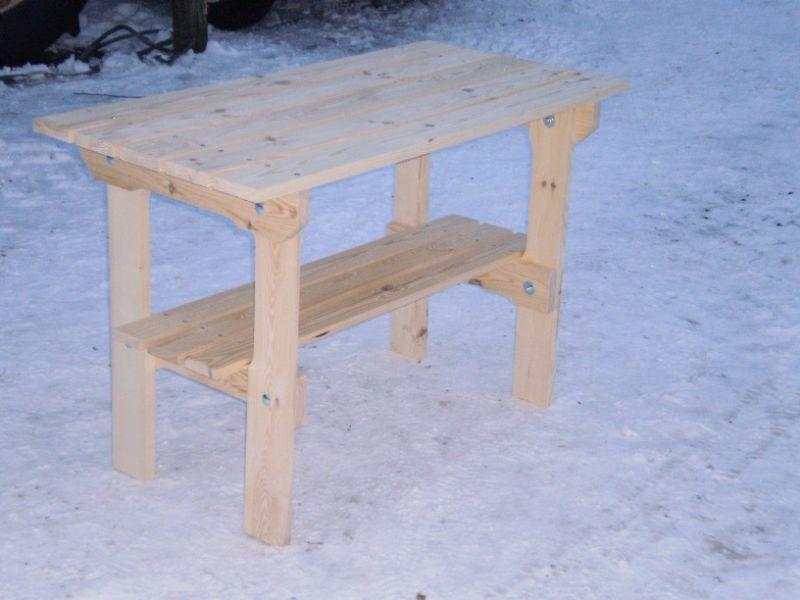 meble ogrodowe - stolik