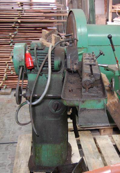 KOMPLETNE WYPOSAŻENIE TARTAKU,  szlifierka do drewna tarczowa 2 tarcze