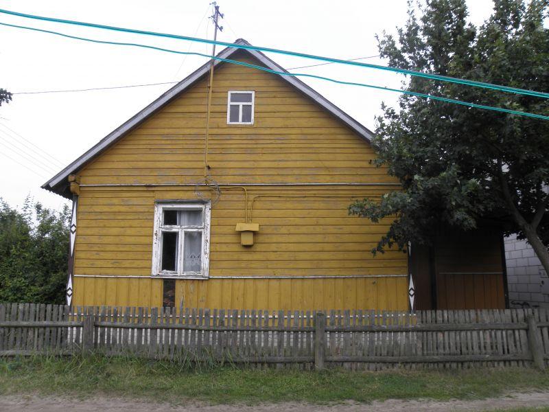 Dom ze starych bali