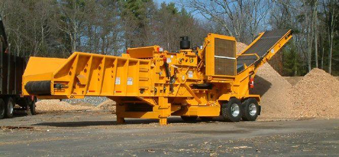 Rozdrabniacz do karpiny, kłód, podkładów kolejowych i innej biomasy