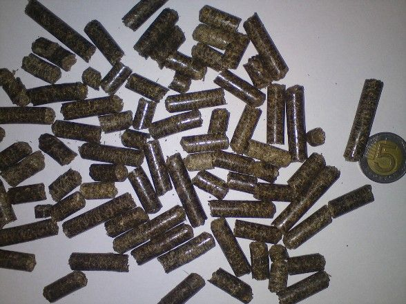 pellet AGROPELLET ze słomy rzepakowej i żytniej