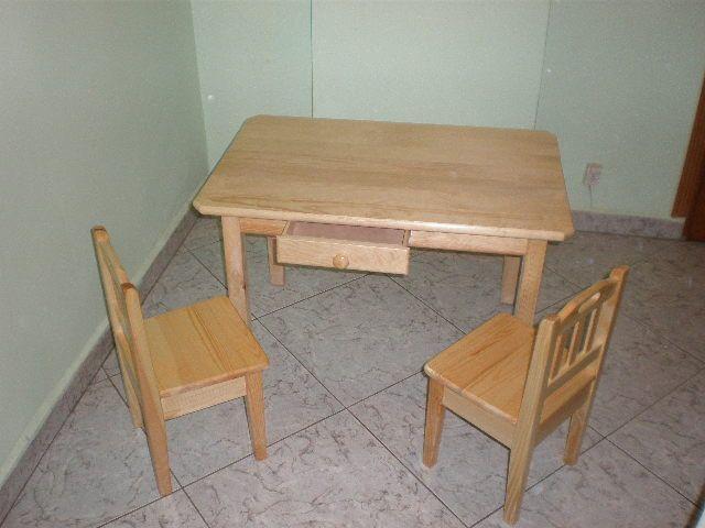 stoliki i krzesełka sosnowe