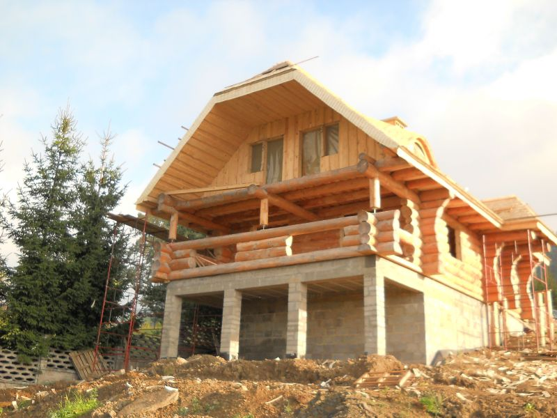 Budujemy domy z bali Dachy z wióra