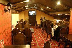 Ukraina, Kijow. Sprzedam, odstapie prosperujacy Pub-Restauracje