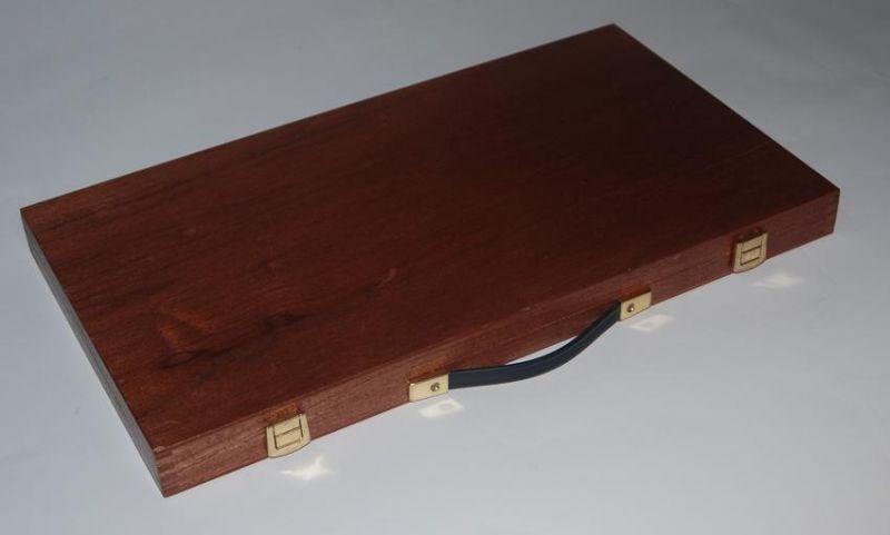 wykonanie pudełek z drewna