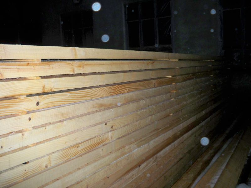Sprzedaż drewna sosnowego
