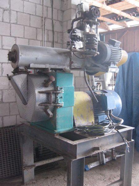 Granulator PD-3 Testmer 45kW z szafą sterowniczą i zbiornikiem buforowym