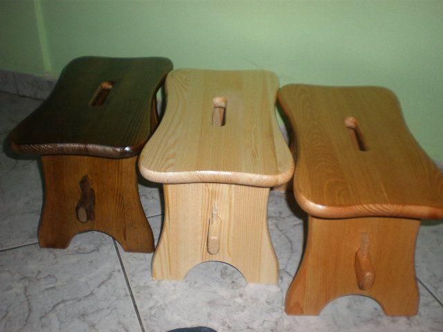 stołeczki drewniane, zydle