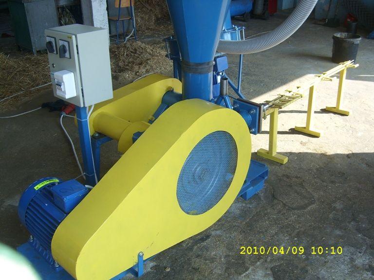 BRYKIECIARKA TŁOKOWA 400 kg/h - imix