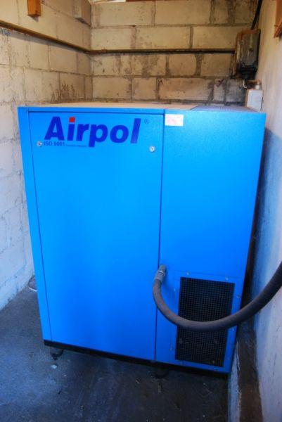 Kompresor, Sprężarka Śrubowa AIRPOL + Zbiornik Wyrównawczy 2000L
