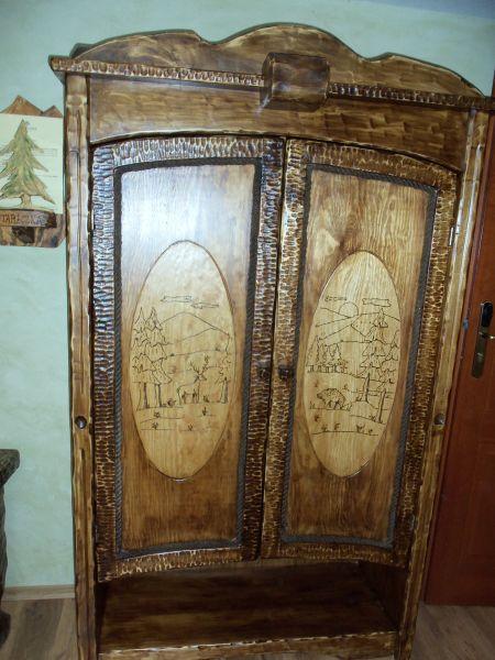 meble i inne wyroby z drewna.