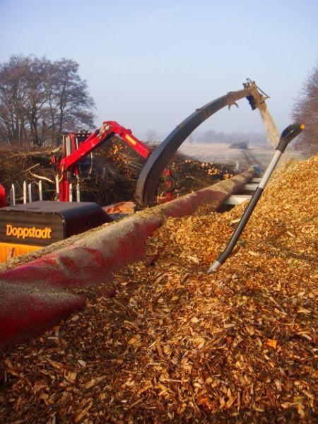 Praca dla kierowców i operatorów rębaków drzewnych