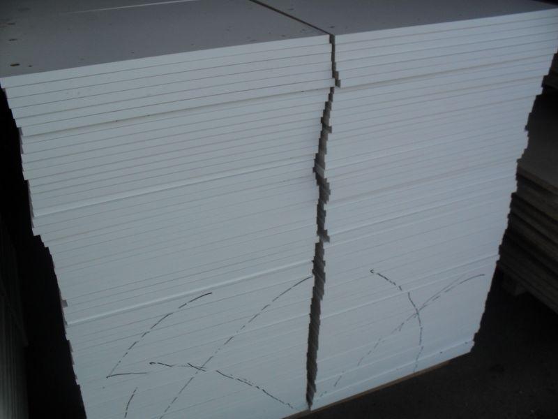 biała 16mm