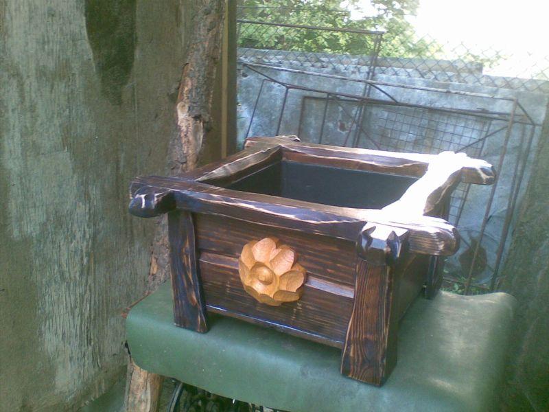 Rozmaitosci z drewna dla domu i ogrodu.