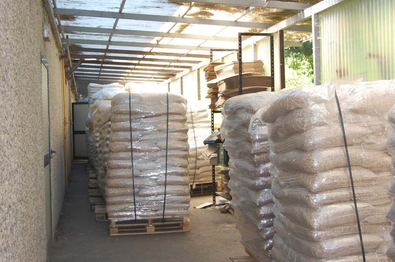 Wood pellets - 15 kg bags and BIG bags Limited Stock Price