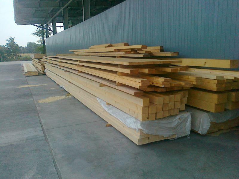 Drewno konstrukcyne S4S oraz KVH