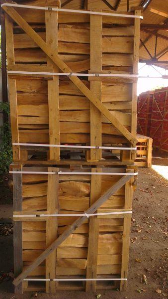 drewno kominkowe suche suszone w suszarni  buk, dąb,grab, brzoza