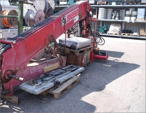 Żuraw JONSERED 3390 rok produkcji 2002