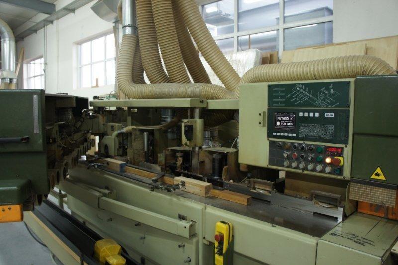 Sprzedam kątowe centrum obróbcze do okien drewnianych SCM Method K Rok produkcji 1996