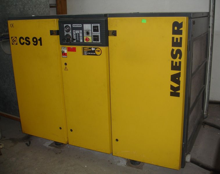 Sprężarka śrubowa KAESER typ CS91/7,5 bar