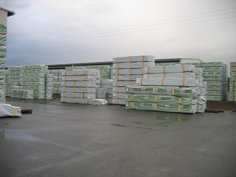 Drewno budowlane, suszone, strugane, certyfikowane.