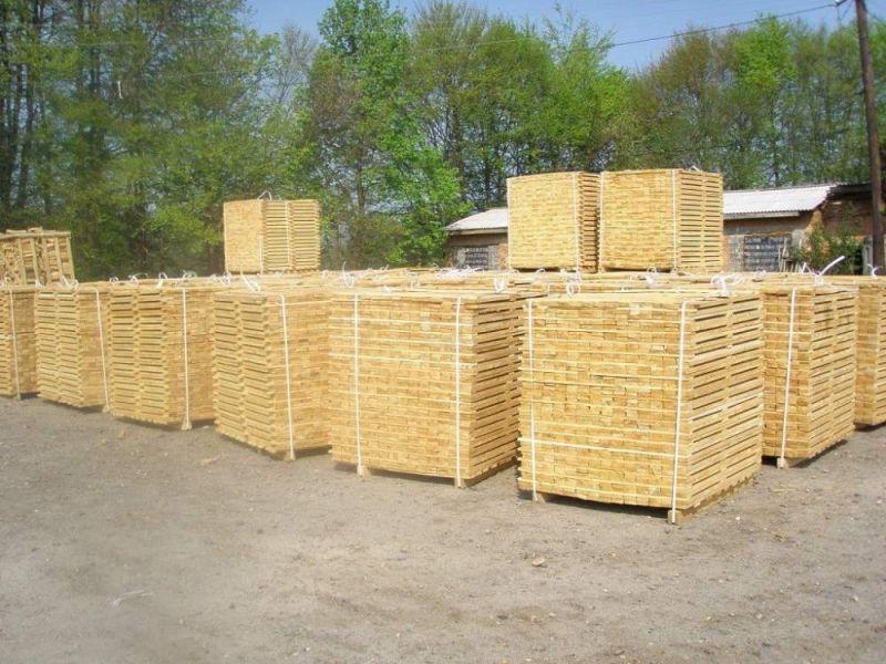 Ukraina.Tartaki,pelleciarni w zaglebie obszarow lesnych.Tanio