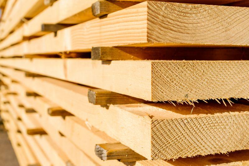 Drewno lite strugane/niestrugane